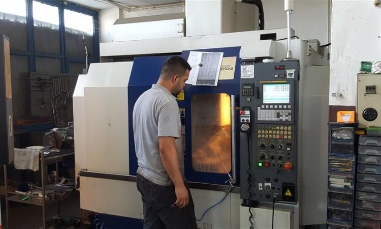 Topper CNC Dik İşlem